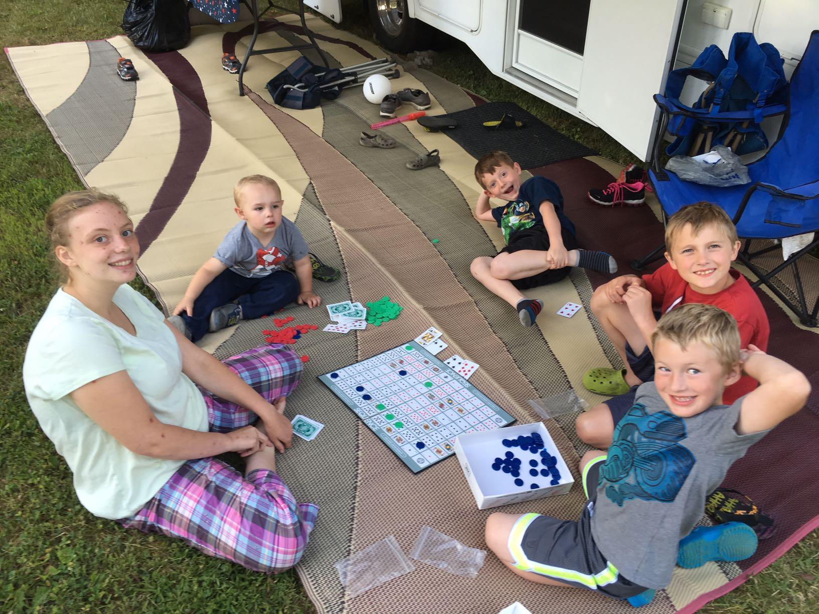 http://wnyrvrental.com/wp-content/uploads/2016/07/camping-3.jpg
